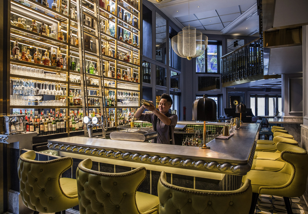 the-5-best-bars-and-pubs-in-hanoi-that-are-waiting-for-you