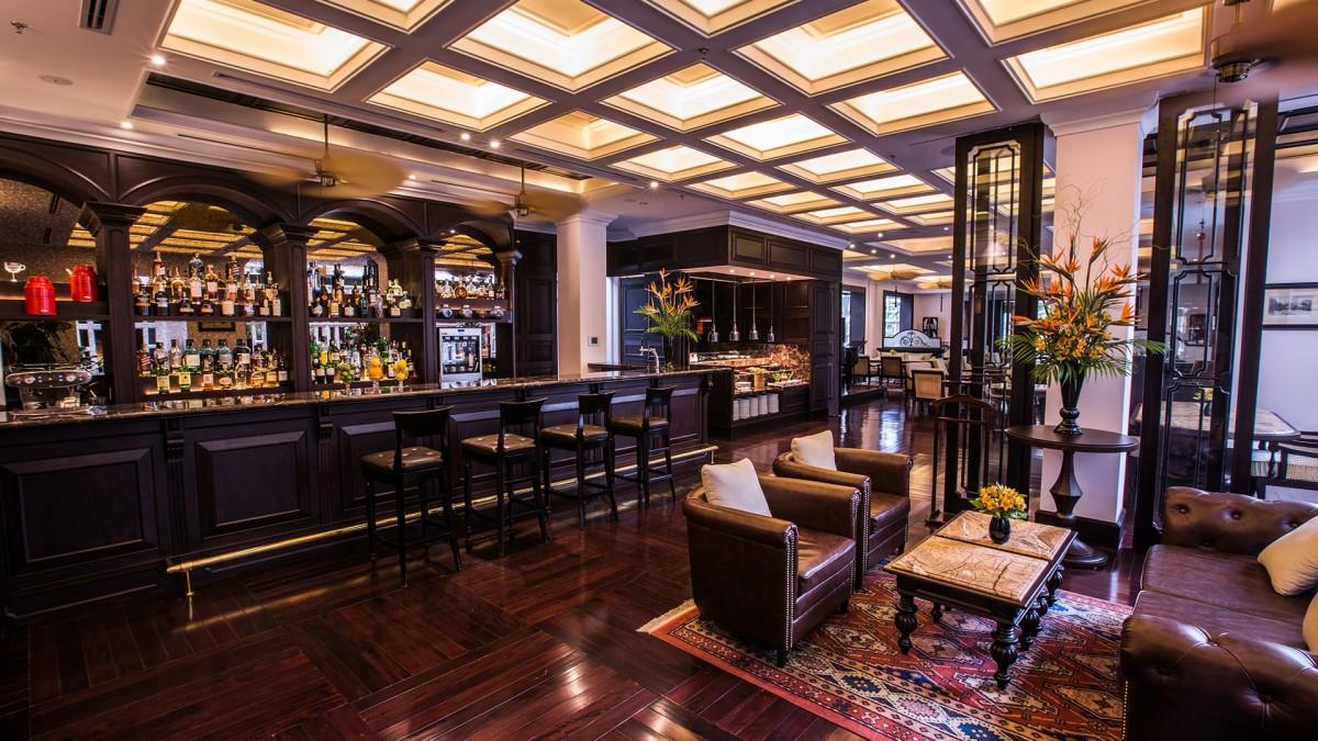 Uống rượu vang ở Hà Nội - Le Club Bar